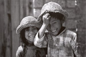 postcard-children-smile-hats-front