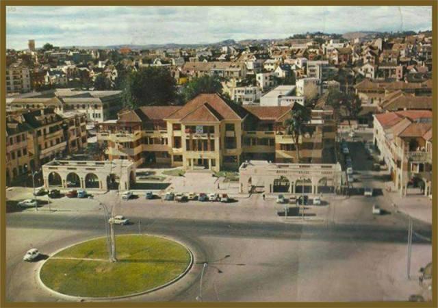Hotel de Ville avant 72