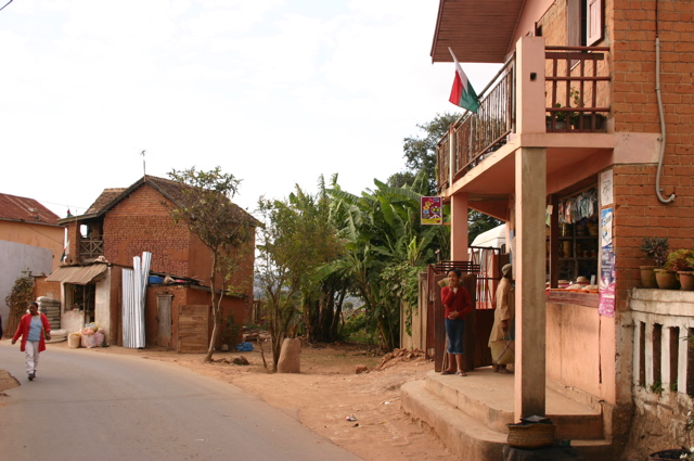 Alasora. Sary, motmalgache.org